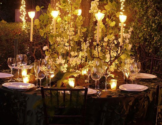 twilight-wedding-reception-centerpiece